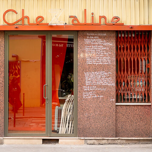Axel Ronsin | Square closed storefront 6